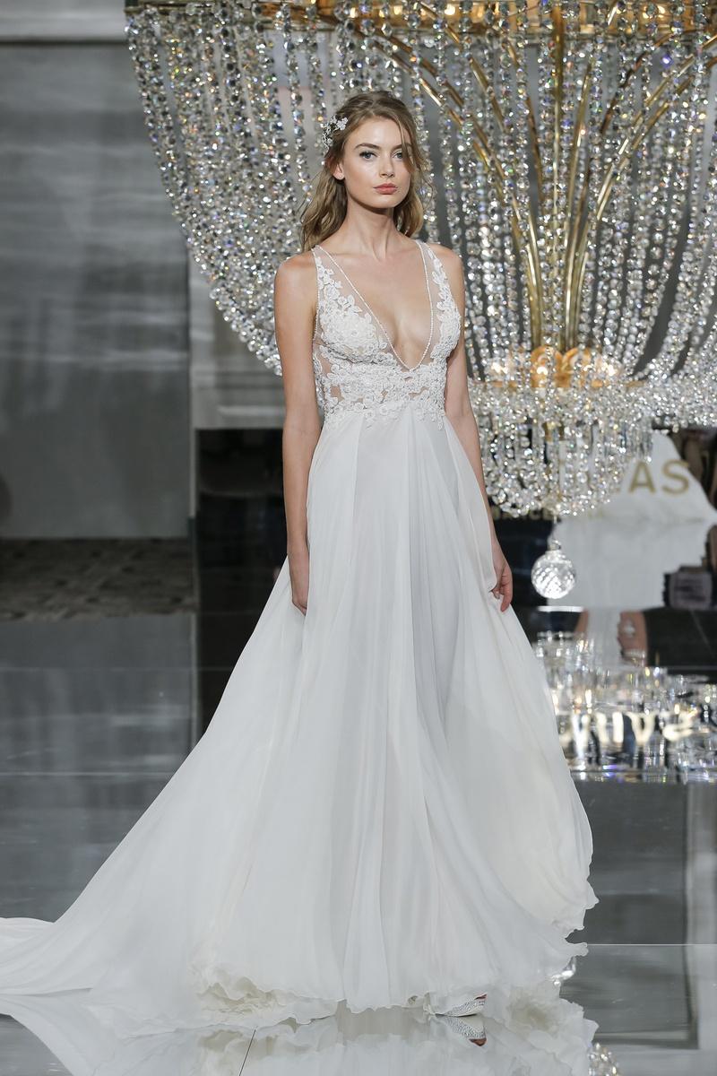 Classic Elegant Wedding Dresses 2018