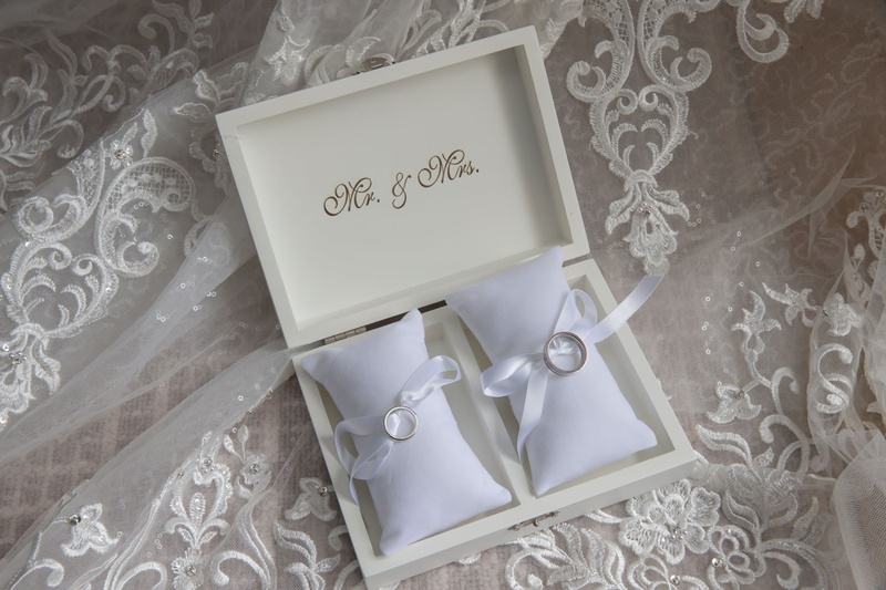 wedding rings in mr and mrs box with ring pillows and ribbon platinum on veil
