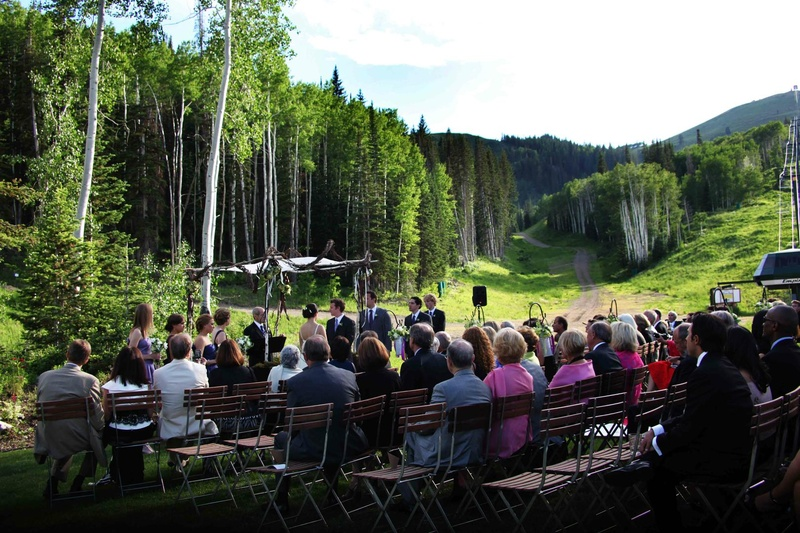 Locations venues photos mountain lodge wedding venue inside deer valley utah outdoor wedding with forest and mountains junglespirit Choice Image
