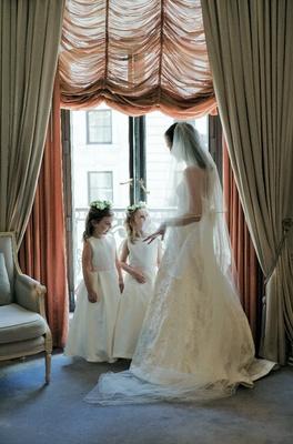 Multi-length bridal veil and flower girl attire