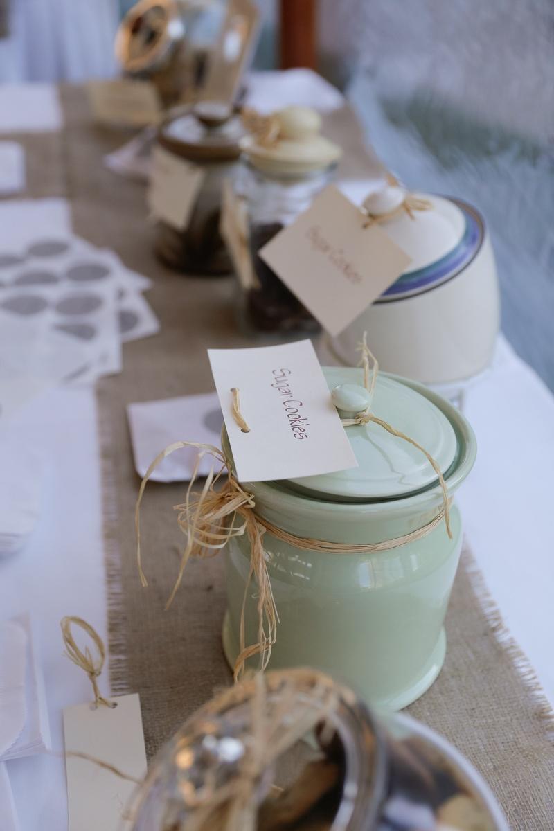Cakes Desserts Photos Cookie Jar Station Inside Weddings
