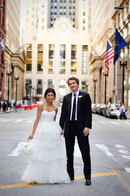 Bride and groom and Chicago buildings