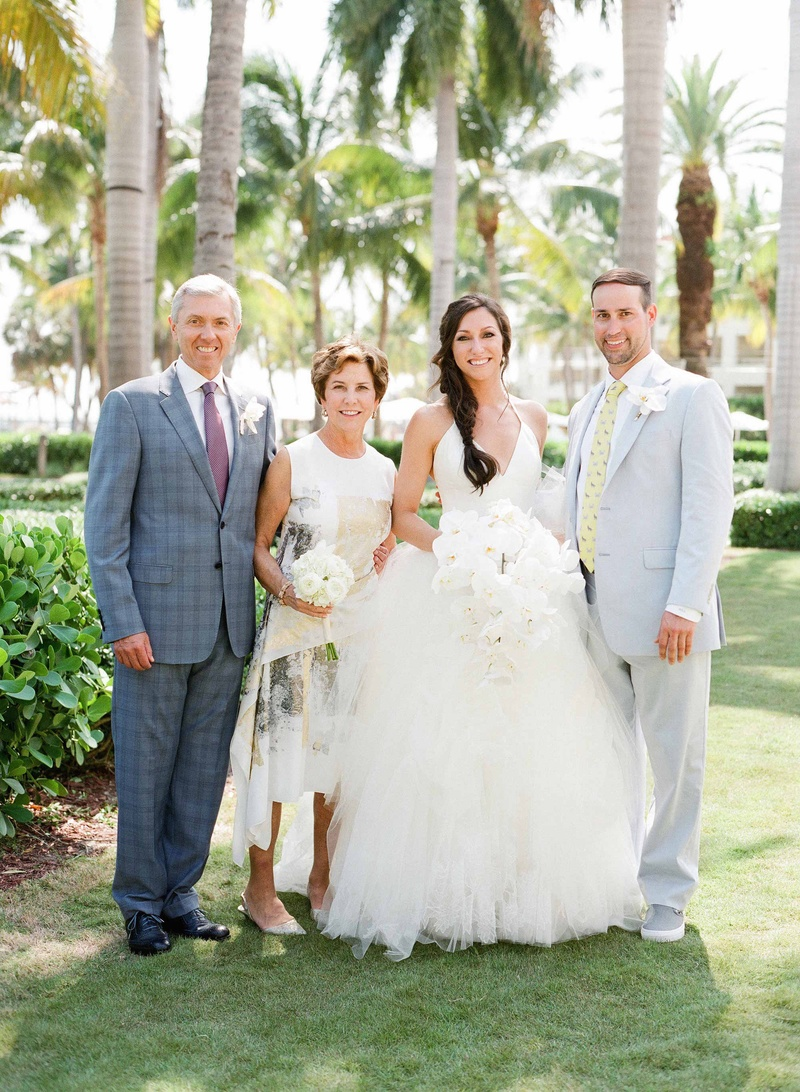 Guests family photos parents of bride in key west for Key west wedding dresses