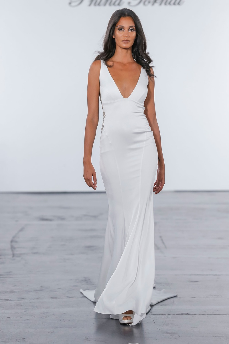 Pnina Tornai for Kleinfeld 2018 wedding dress crepe gown v neck low back