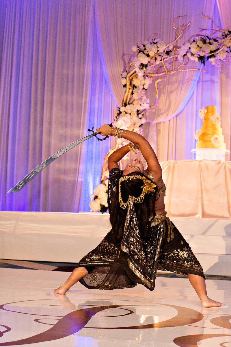 Cultural reception entertainment with Indian sword dance