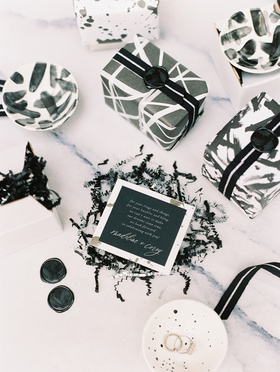 wedding favor welcome gift black and white jewelry dishes