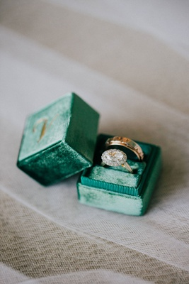 wedding rings engagement ring round halo design vintage inspired in emerald green velvet mrs box