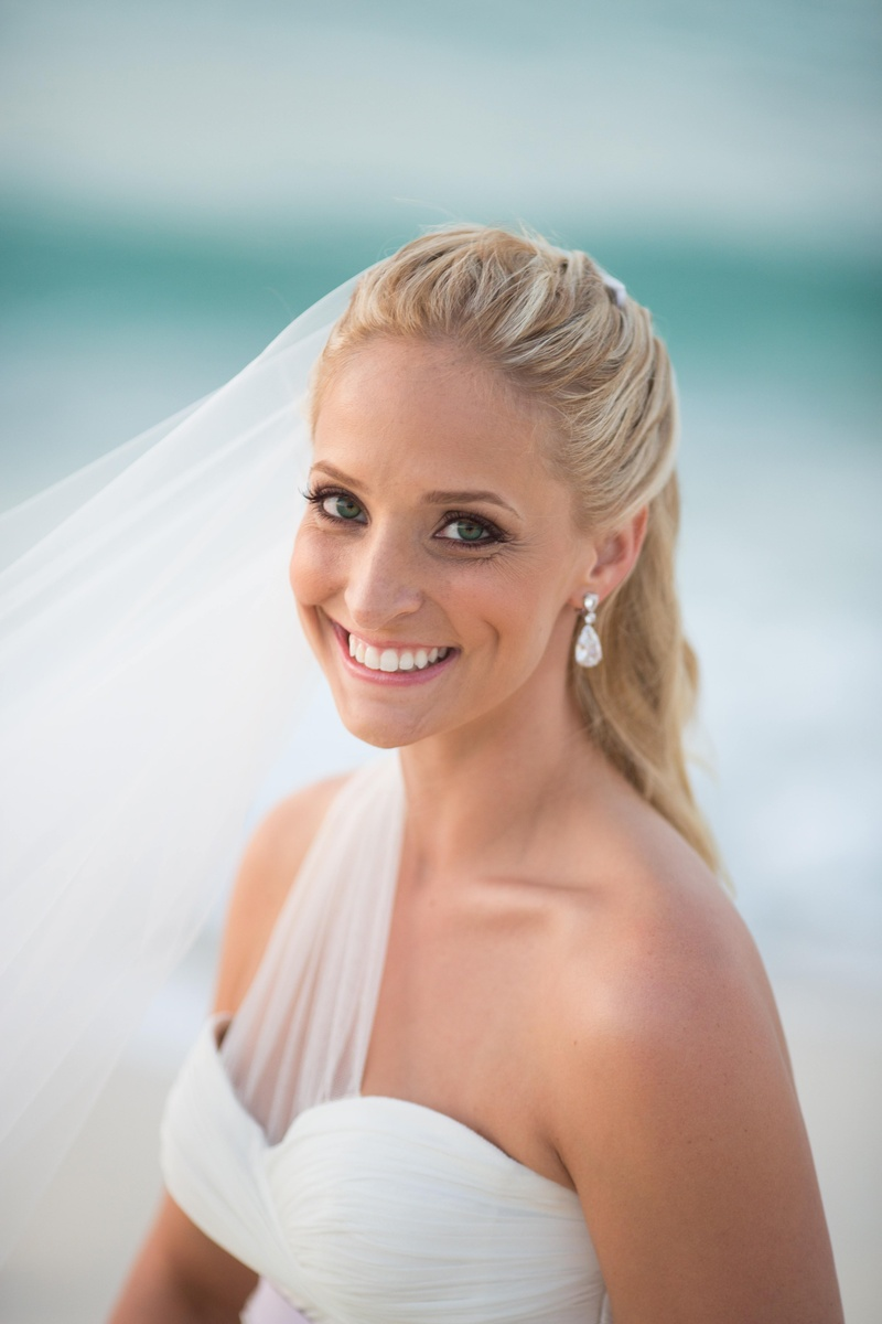 Bridal Makeup For Destination Wedding : Beauty Photos - Beach Wedding Beauty - Inside Weddings