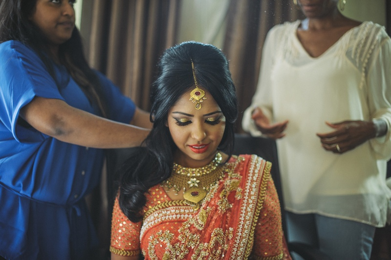 Beauty s Shimmering Bridal Makeup Inside Weddings