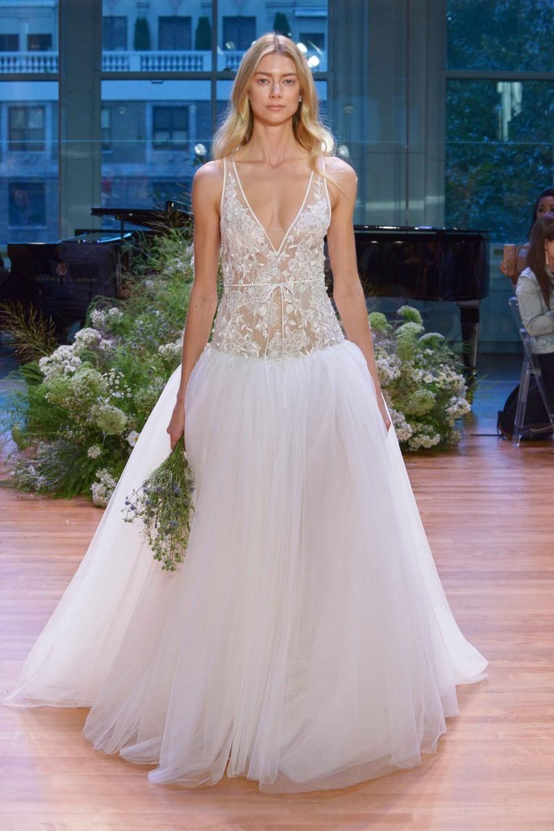 Bridal Week: Youthful, Whimsical Wedding Dresses from Monique ...