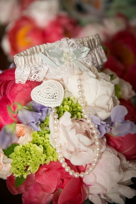 lace pearl bridal garter heart southern wedding tradition pretty feminine lingerie