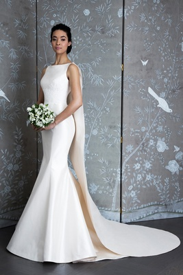 L9126 Jackie Kennedy, Bridal Fashion Week Spring 2019, Legends Romona Keveža, boat neck trumpet