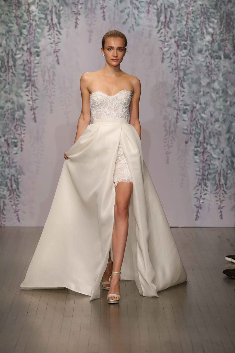 Wedding Dresses Photos Look 3 By Monique Lhuillier Fall 2016