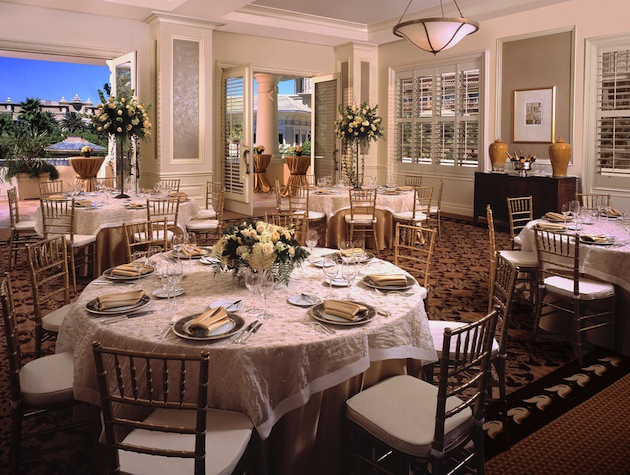 The Four Seasons Hotel Las Vegas This Luxury Offers A Wedding Package That Includes Dedicated Specialist Complimentary Suite For Bride And