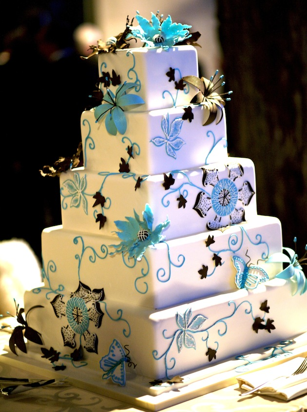 Square wedding cakes cake ideas inside weddings junglespirit Gallery