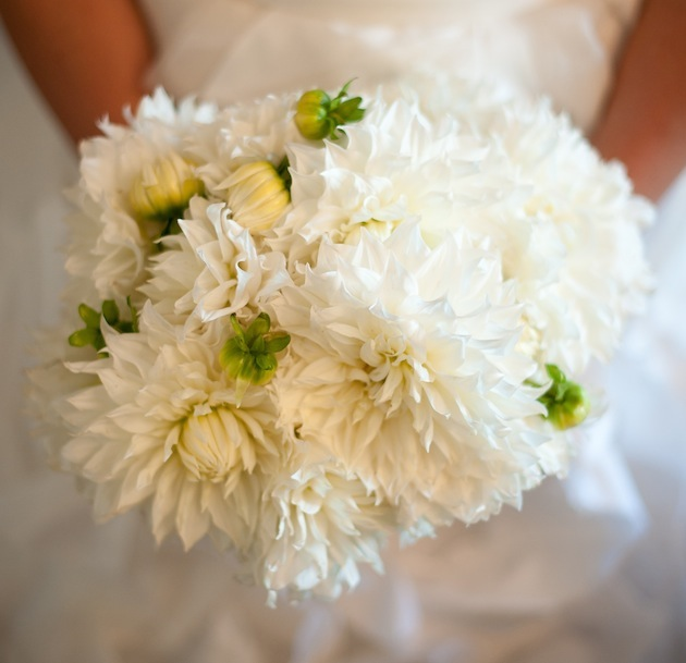 How To Add A Natural Element White Bouquets