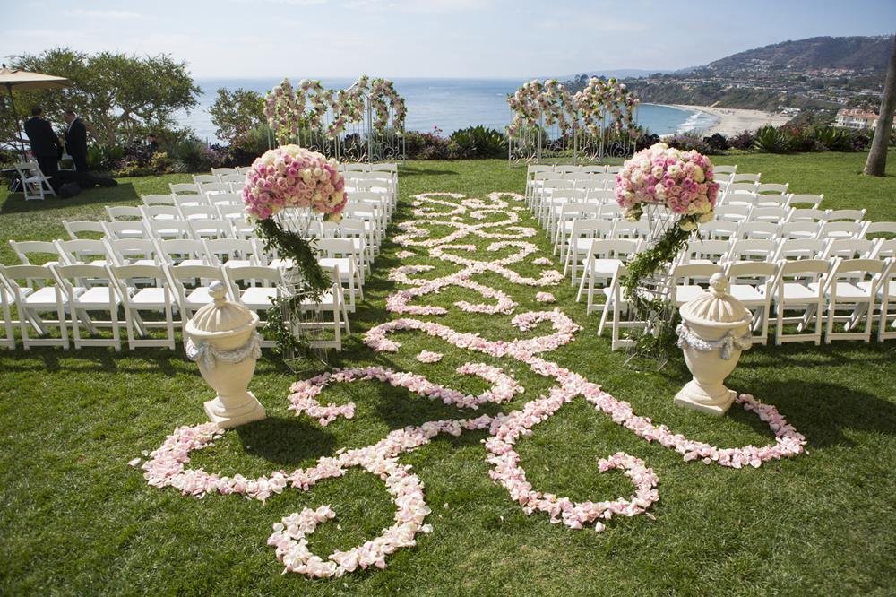 Wedding Flowers: How to Create a Floral Aisle Runner - Inside Weddings