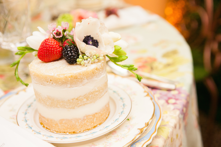 Wedding Cakes: Gorgeous Naked Cakes from Real Weddings - Inside Weddings