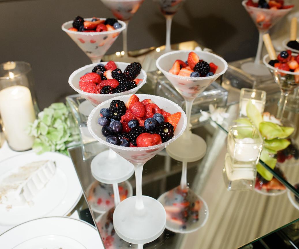 Comfort Food Wedding Menu: Wedding Menu Ideas: Creative Ways To Serve Comfort Foods