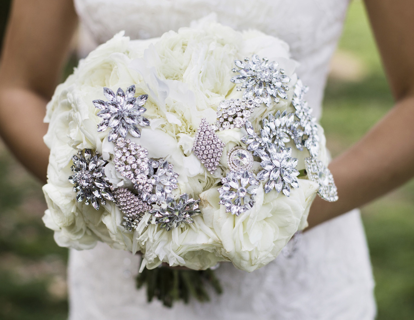 Wedding Flowers How To Bling Out Your Bridal Bouquet Inside Weddings