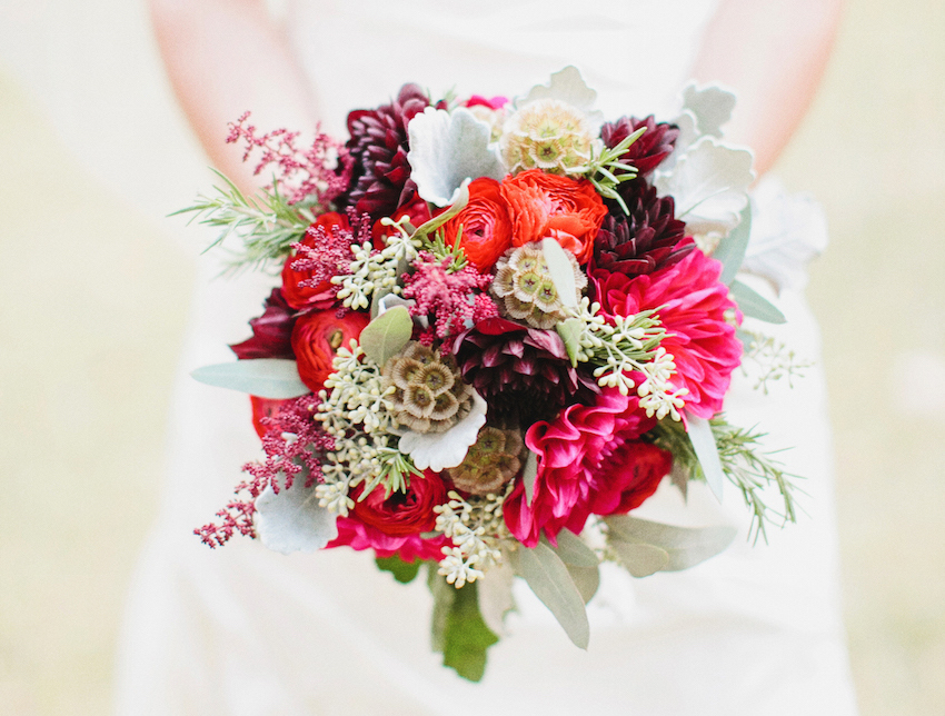 Fall Flower Bouquets for Festive Autumn Weddings - Inside Weddings