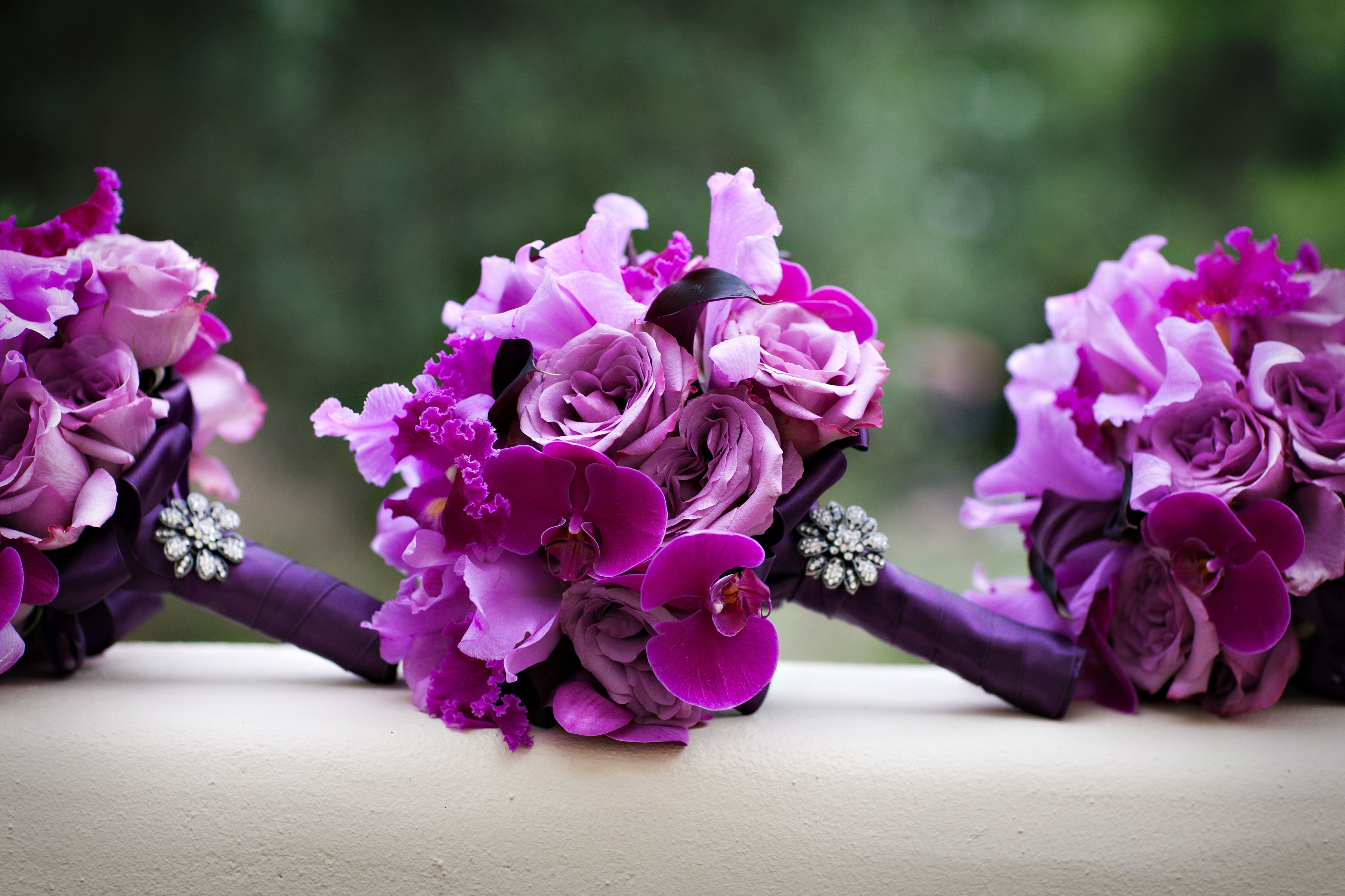 Lilac Bouquet Ideas Purple Bouquets From Real Weddings Inside