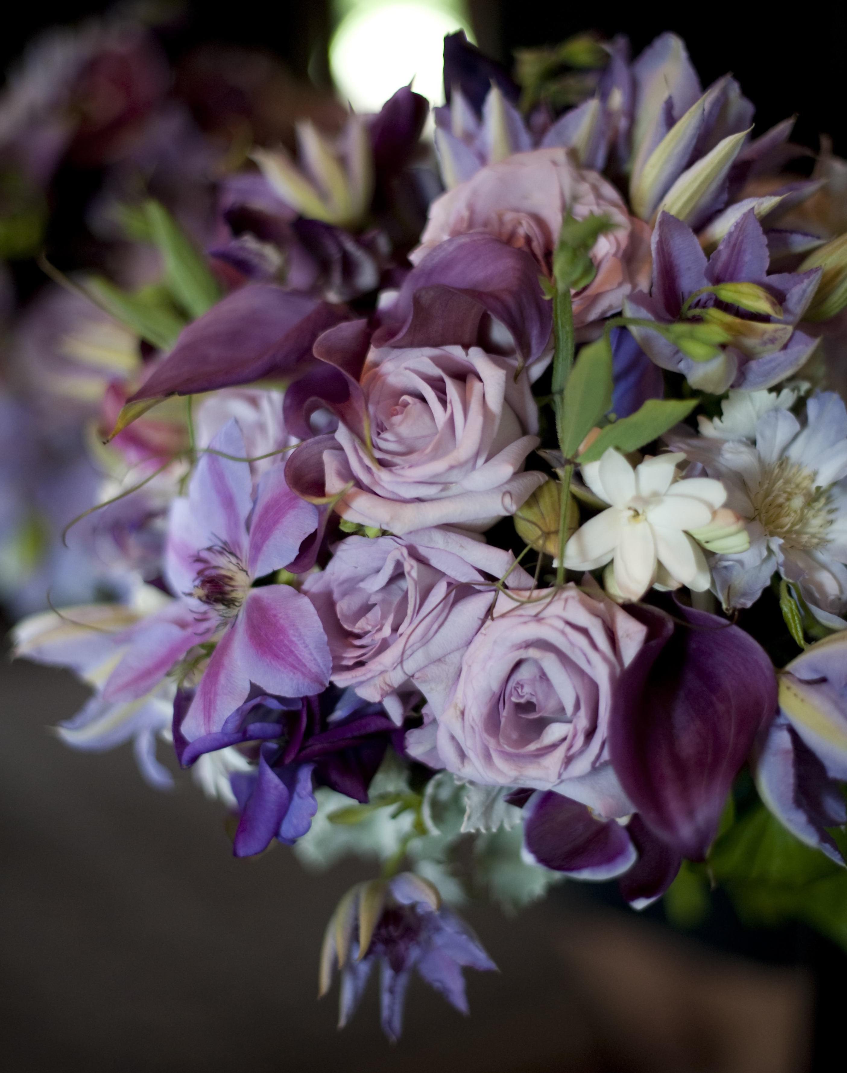 Lilac Bouquet Ideas & Purple Bouquets from Real Weddings - Inside ...