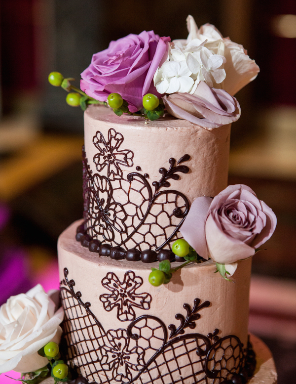 Wedding cakes pretty wedding confections with lace for Chocolate lace template