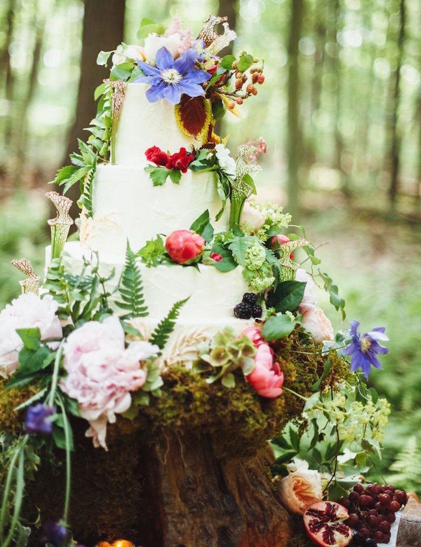 wedding cake displays natural wood cake stands inside weddings