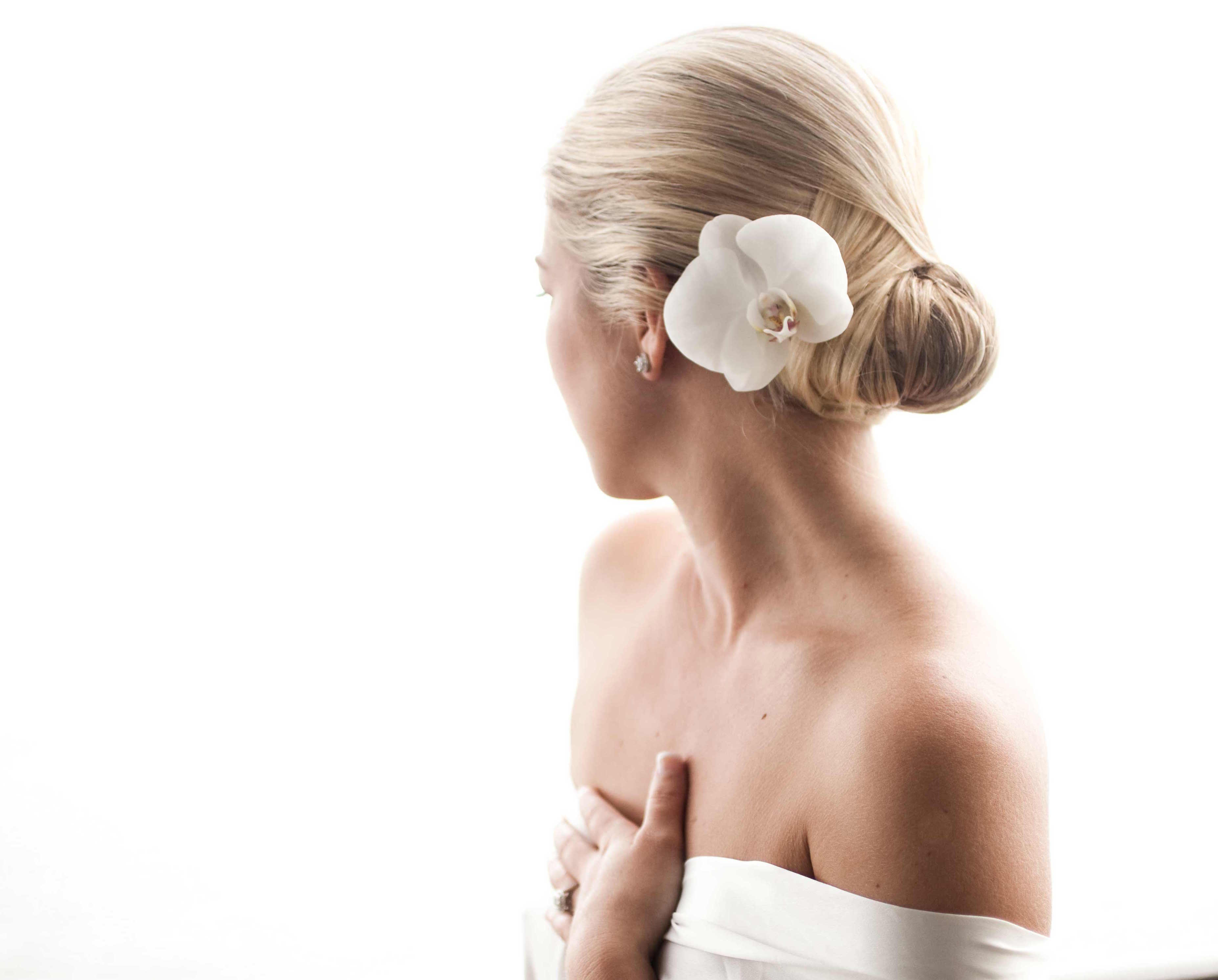 Hair Accessory Alternatives to Traditional Bridal Veils - Inside ...