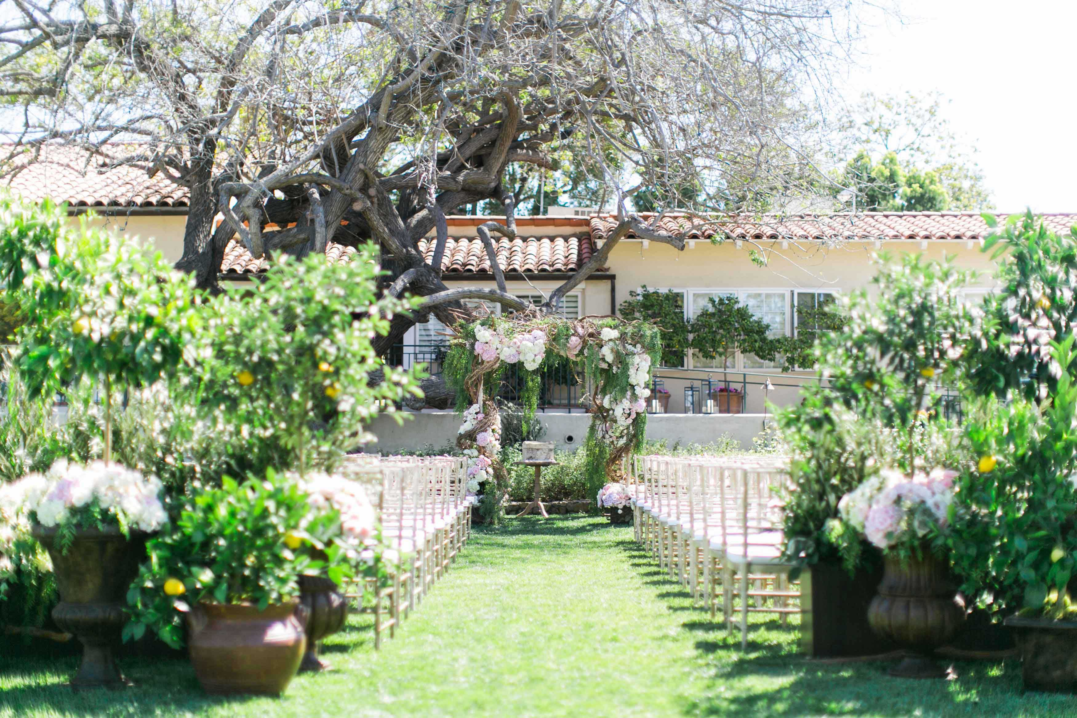 20 outdoor ceremonies that will make you rethink your venue