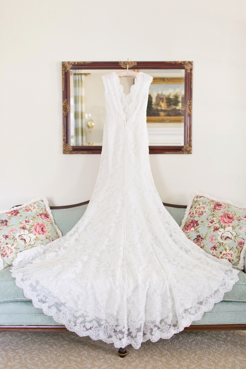 Wedding Attire: Classic Bridal Styles Inspired by the 1940s - Inside ...