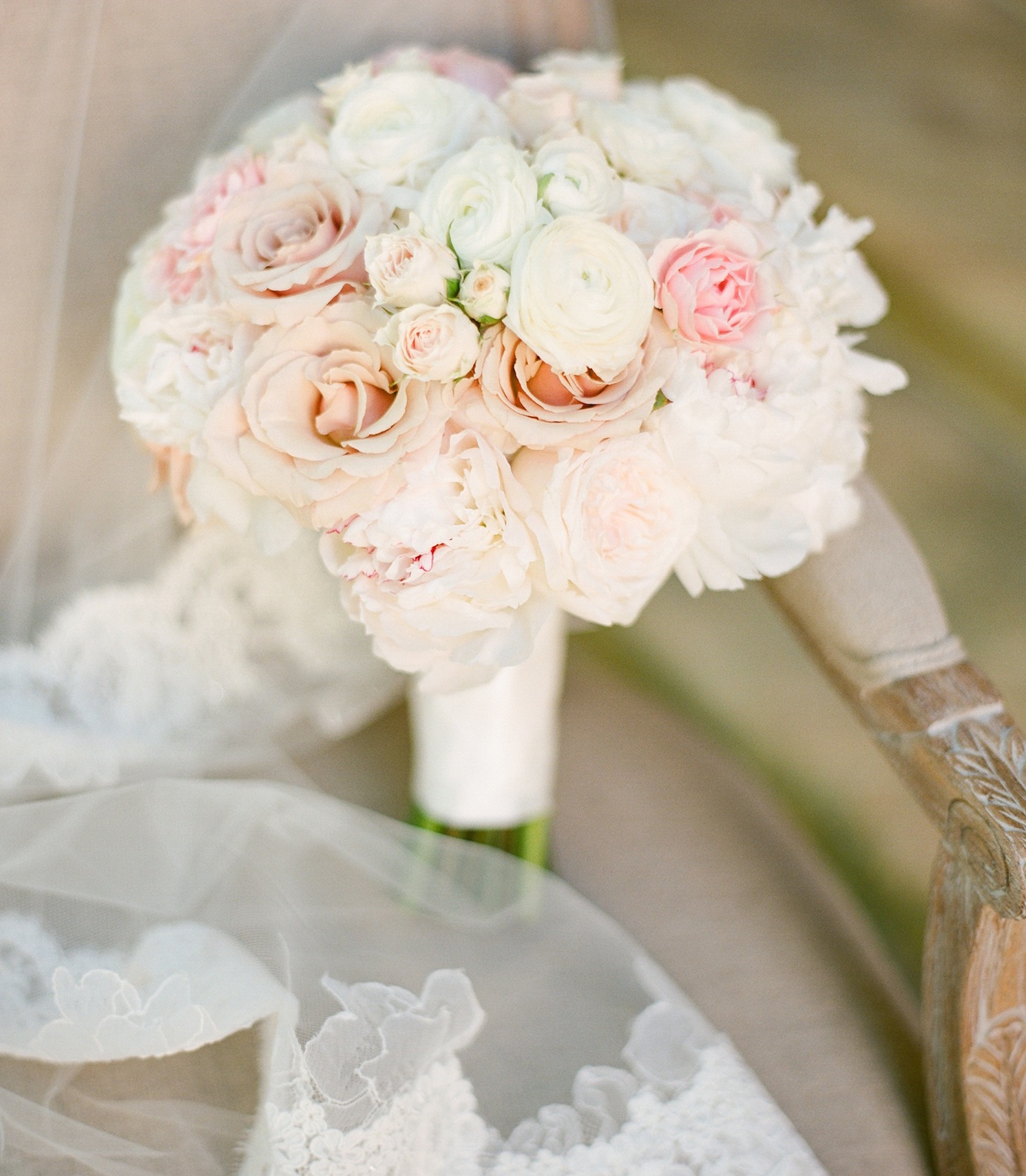 Pink Wedding Flowers: Wedding Flowers: Stylish Pink Bridal Bouquets