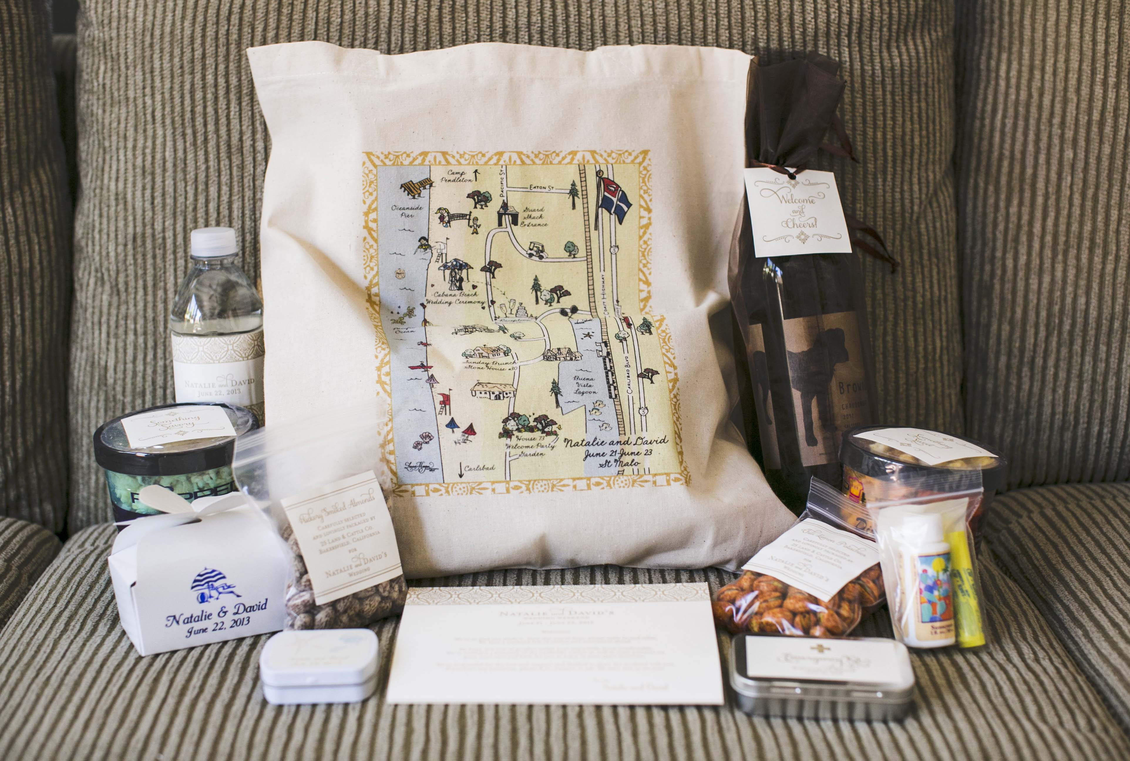 Wedding Fair Gift Bag Ideas : Wedding Welcome Bags: How You Should Pack Yours - Inside Weddings