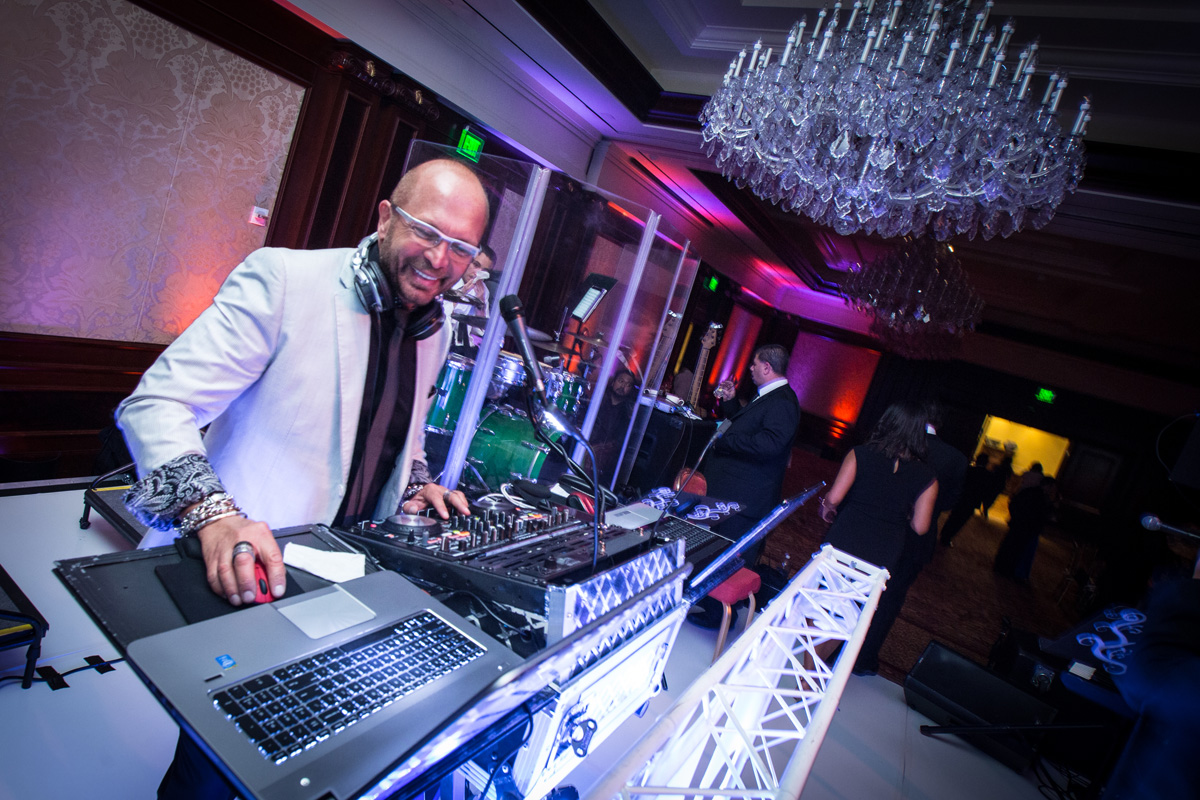 Wedding Band Vs DJ Who To Hire For Your Reception