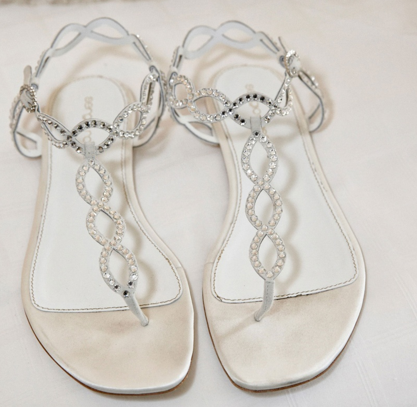 Wedding Shoes: Wearing Flats or Sandals at Your Wedding - Inside ...
