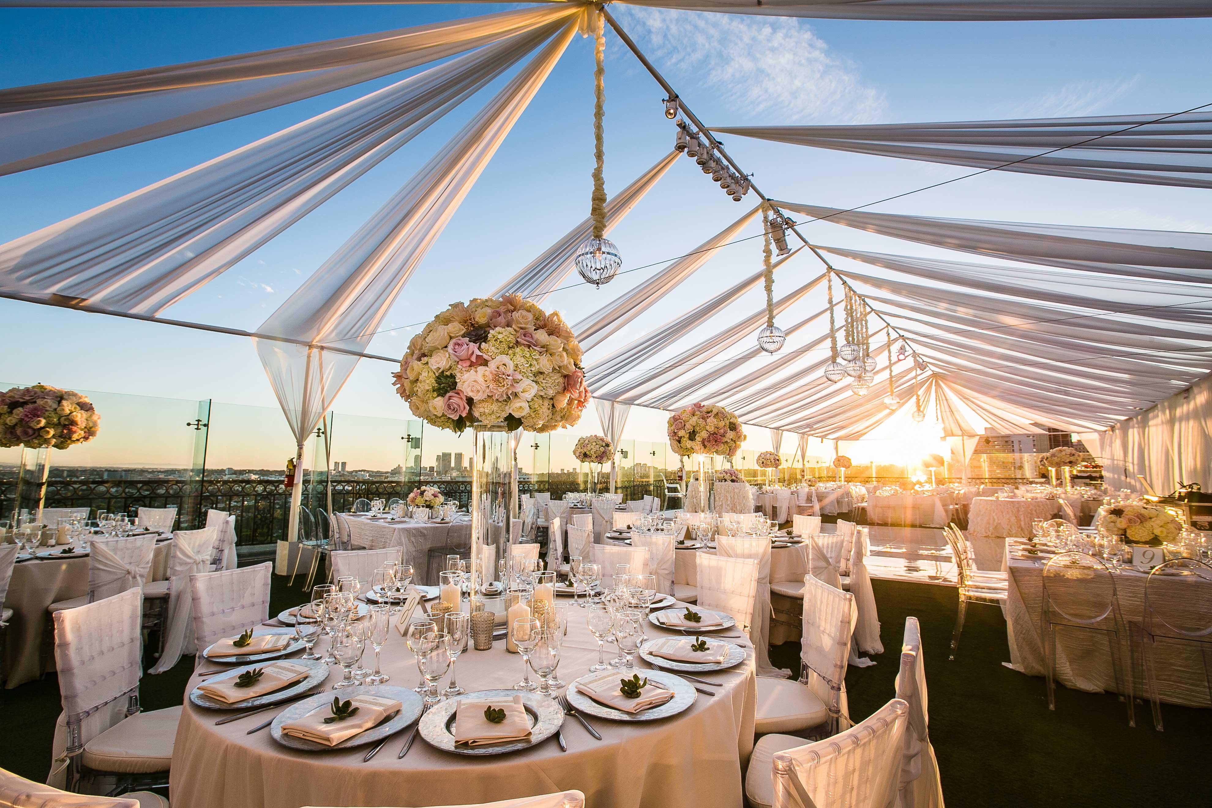 open-air reception, tent wedding reception, alfresco, outdoor