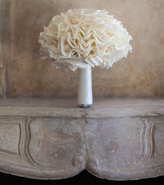 White ruffle flower bouquet for wedding