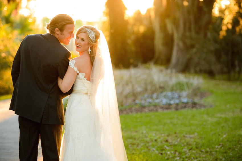 Wedding Day Pictures: Romantic Poses for You and Your Spouse ...
