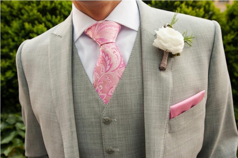 groom pink paisley tie