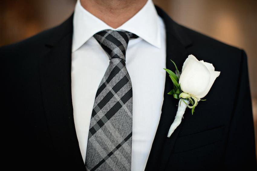 groom black and grey tie