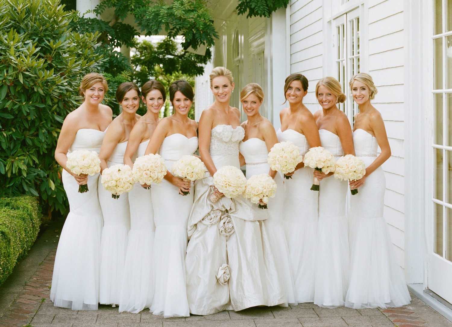15 Beautiful Bouquet Ideas For Your Bridesmaids