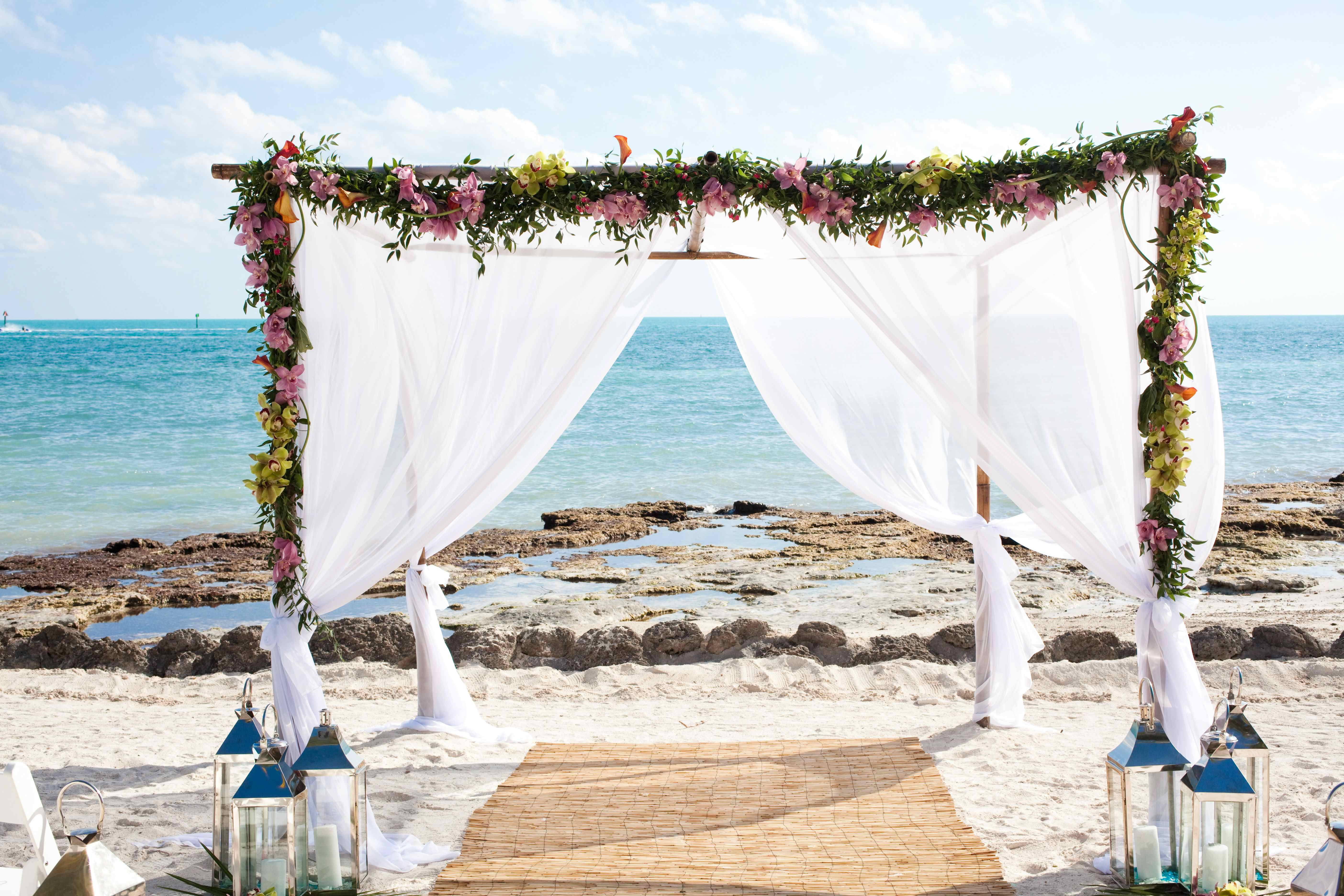 how to plan a beach wedding