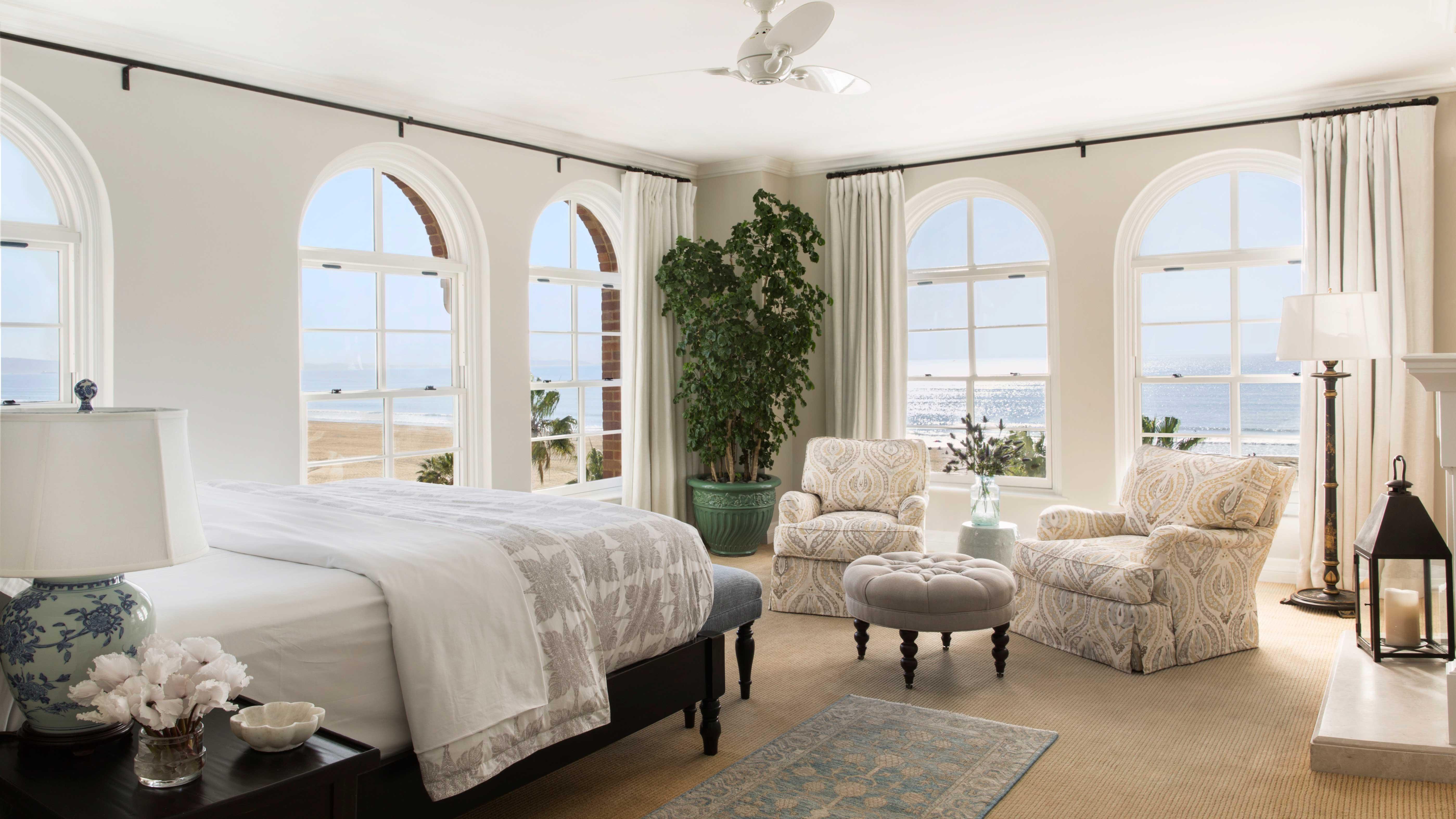 Casa Del Mar hotel Presidential suite bedroom