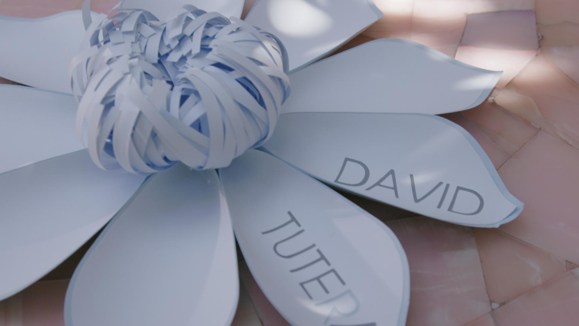 david tutera wedding planning tips, paper flowers