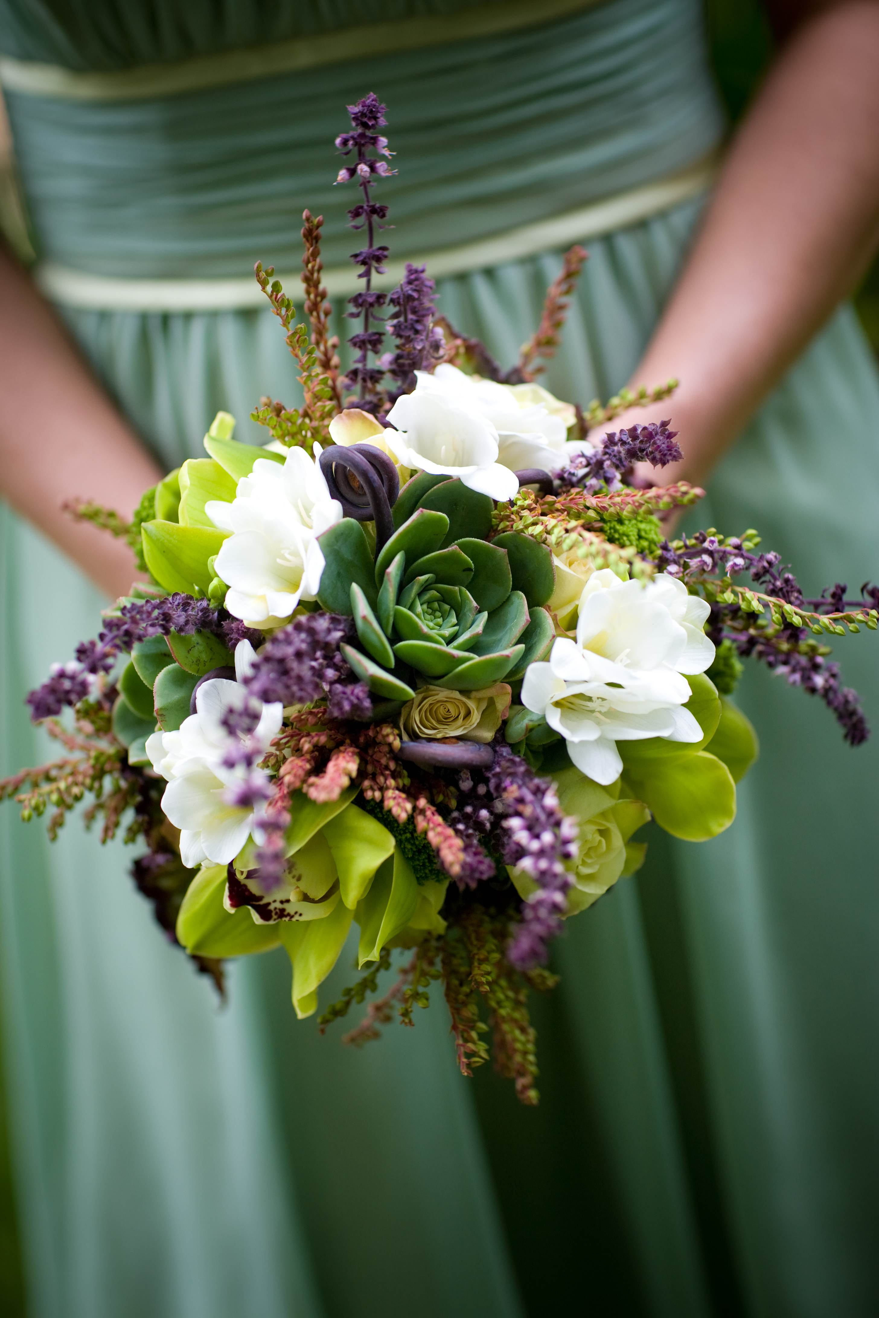 succulents bridesmaid bouquet