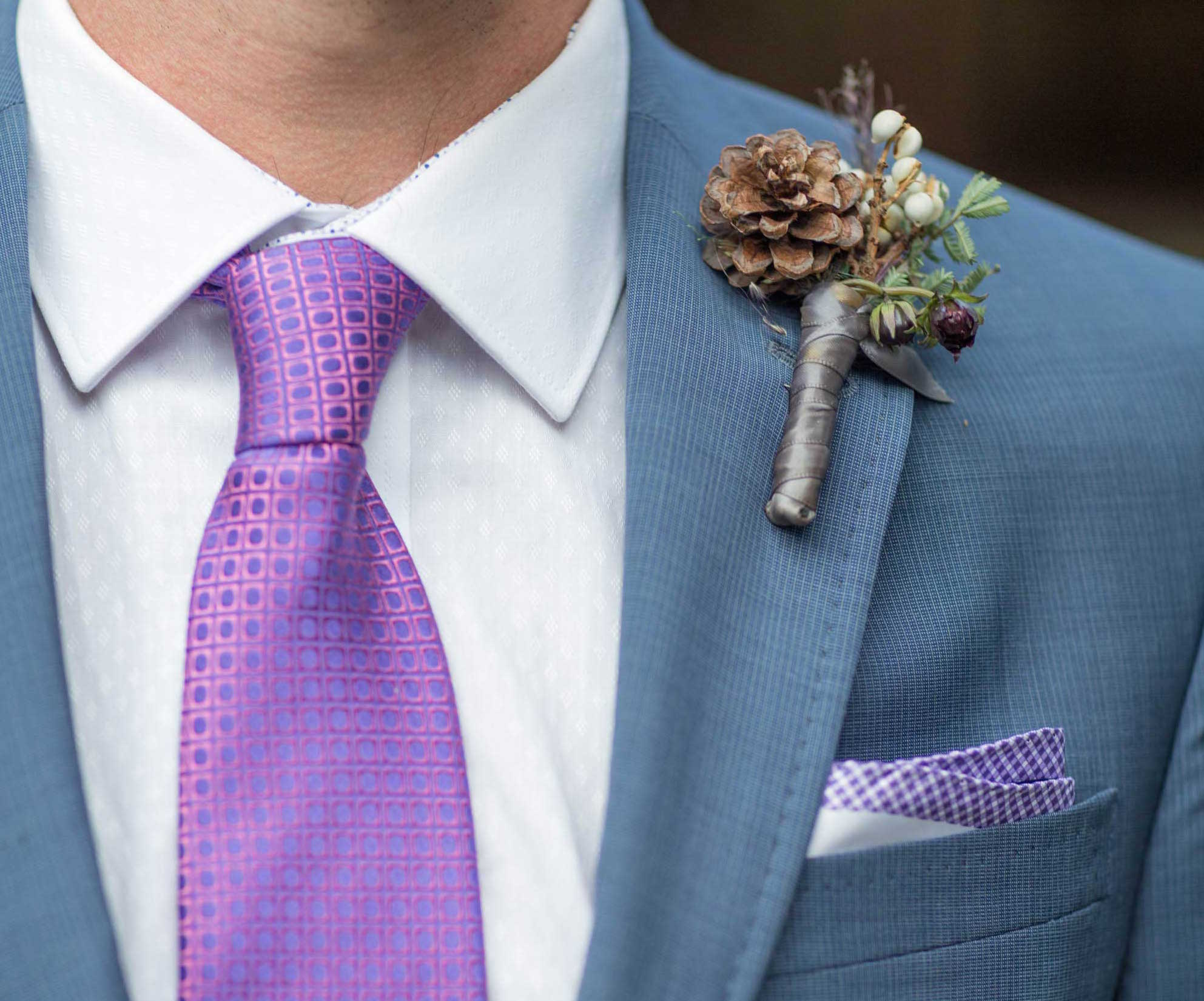 Fall wedding ideas pinecone boutonniere