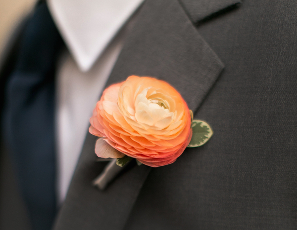Fall wedding ideas orange ranunculus boutonniere