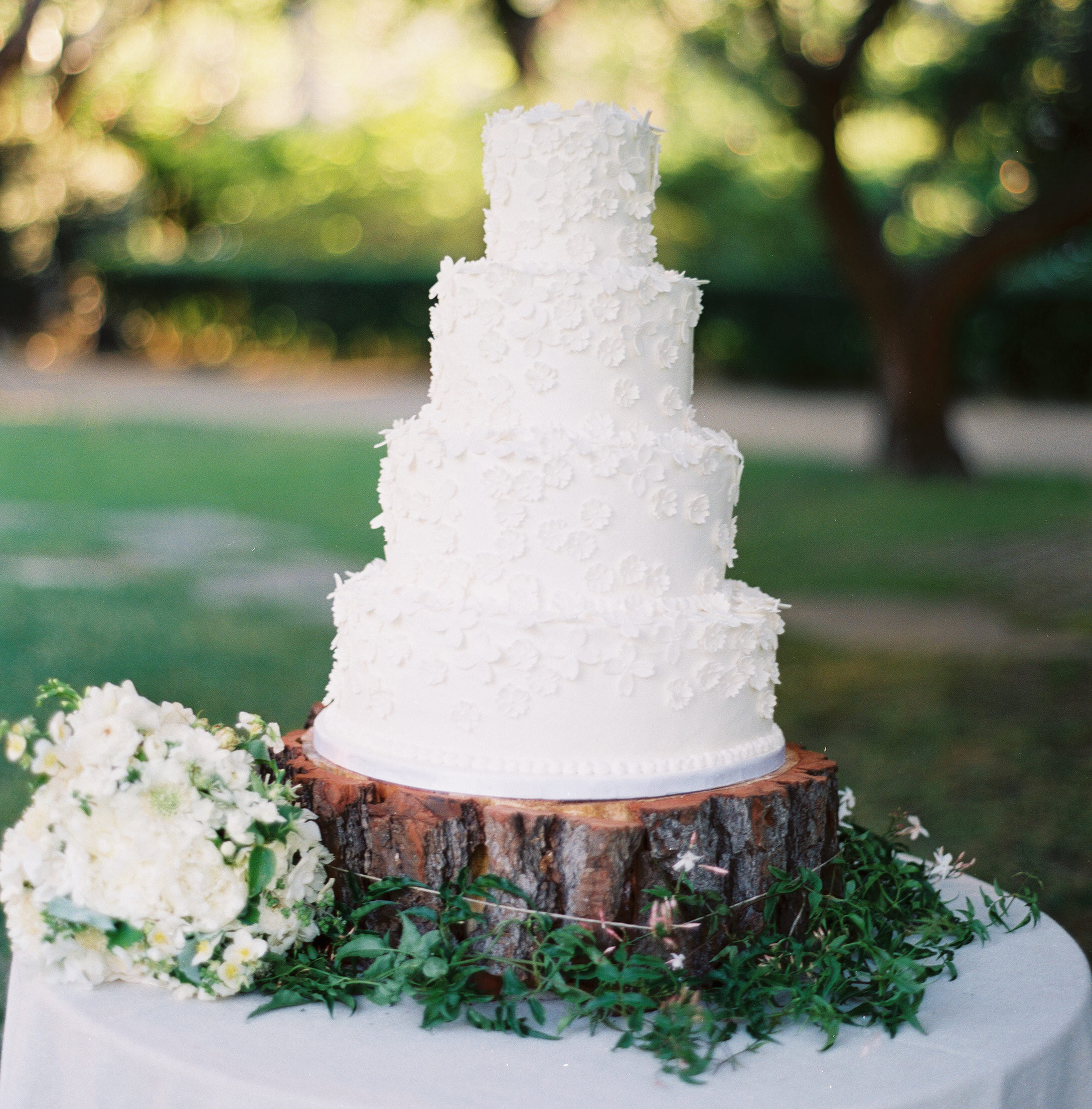 Wedding Cakes: White Wedding Cake Ideas - Inside Weddings