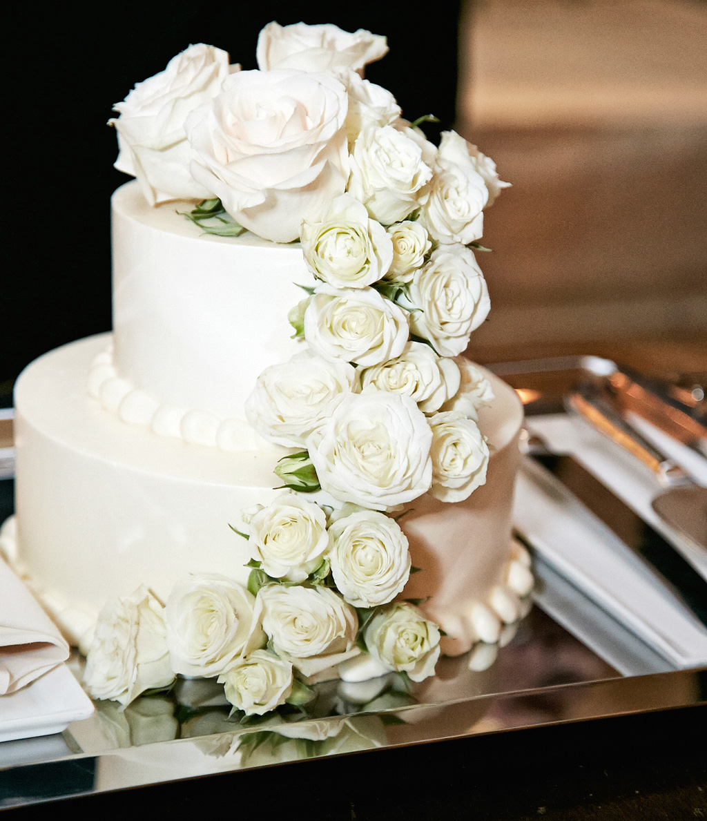 small wedding cakes with fresh flowers wedding cakes white wedding cake ideas inside weddings 20244